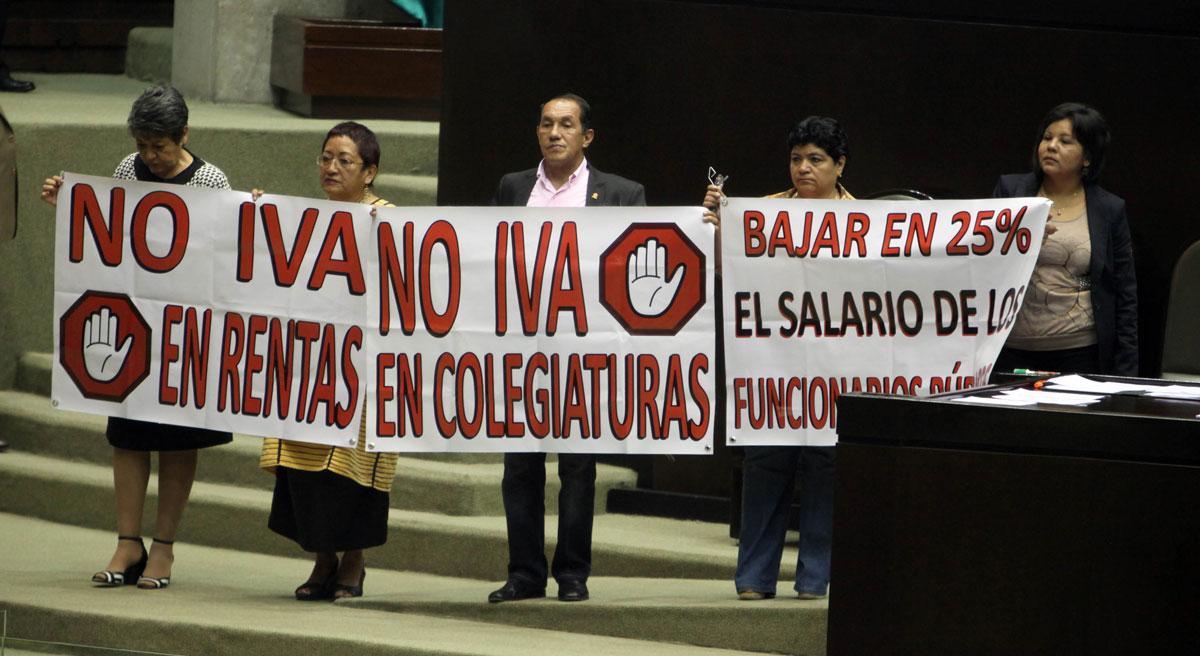 """Caso """"pelotón de la muerte"""": encubren a Calderón y a Galván"""